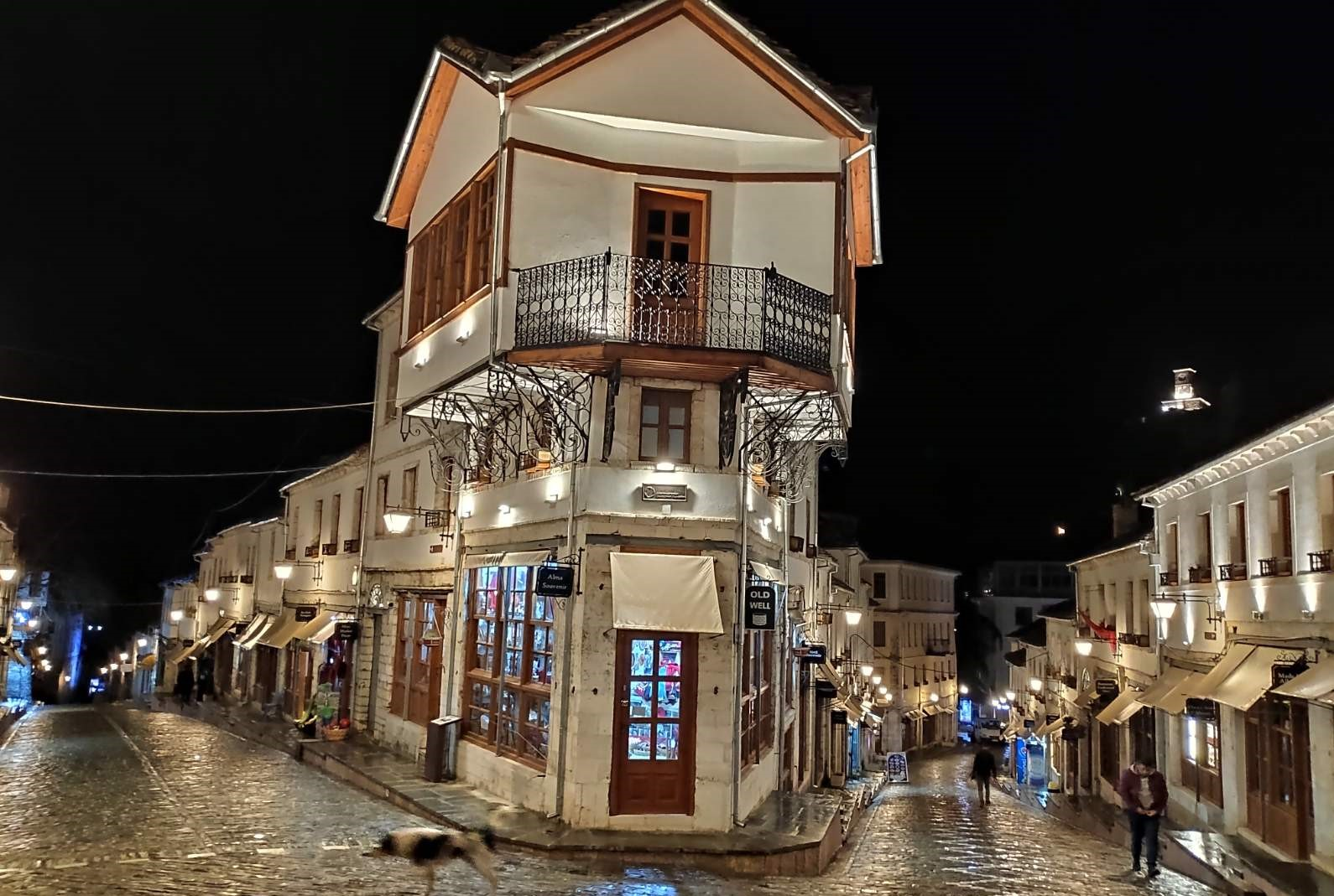 DAY 4: In one day two UNESCO Wonder sites to be explored - Gjirocastro and Berat