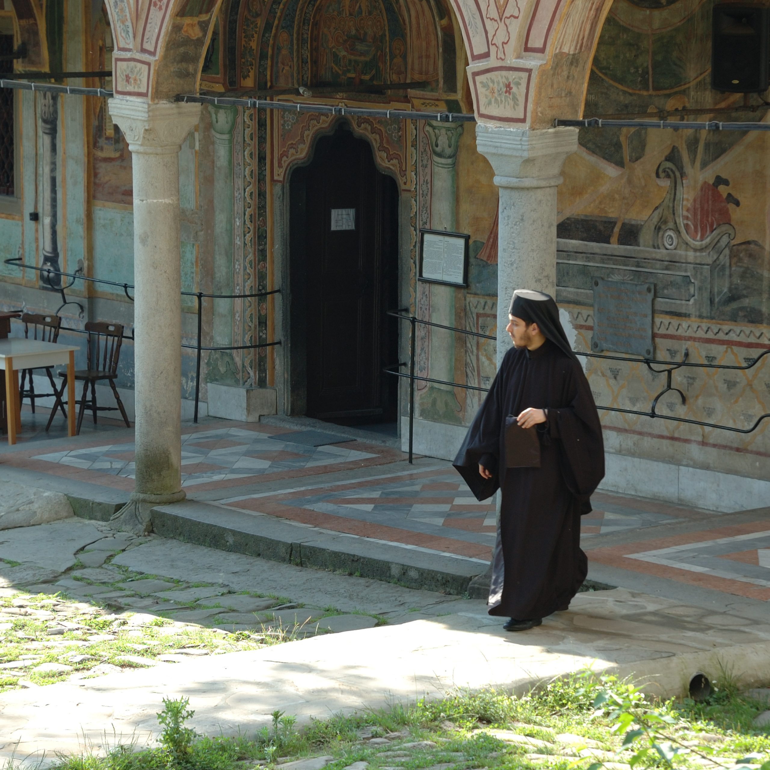 DAY 2: Bulgarian history told by visiting  Troyan Monastery  and medieval Bulgarian capital Veliko Tarnovo